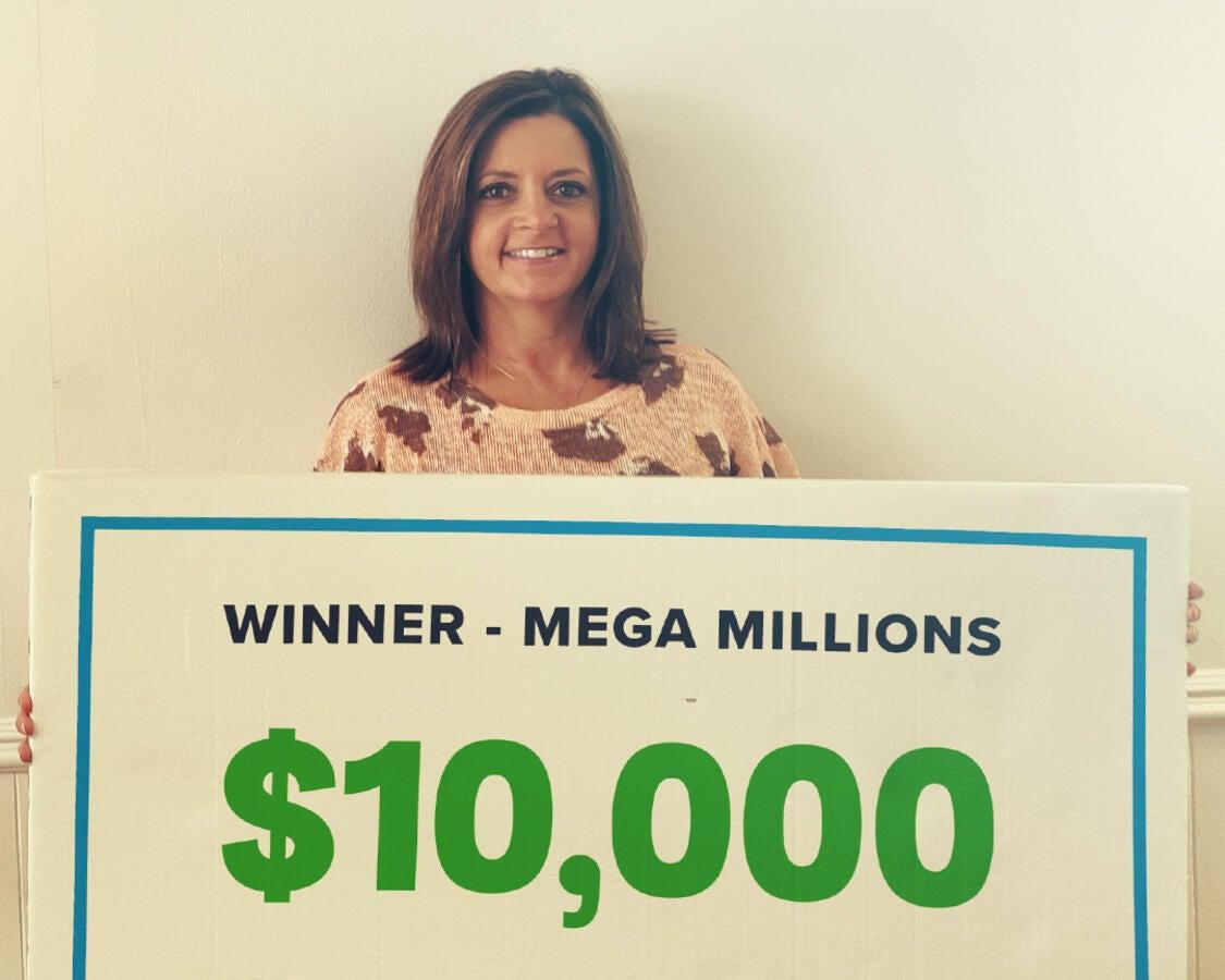 $10,000 Mega Millions winner